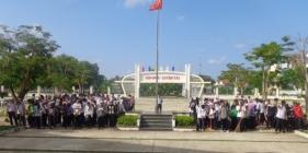 Ra quân dọn vệ sinh hưởng ứng ngày Đô thị Việt Nam