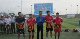 Tân Thạnh: Tổ chức giao hữu bóng đá