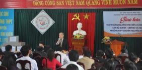 Thứ trưởng Bộ GD-ĐT Nguyễn Vinh Hiển làm việc với Sở GD-ĐT